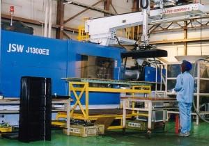 0403-大型成形機